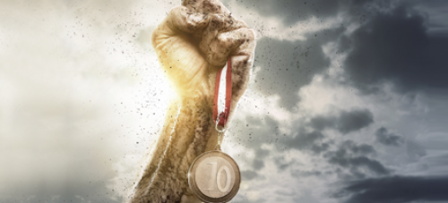 Gyorsítsa fel a kiválasztási folyamatot a Top 10 jelölt szolgáltatással*!
