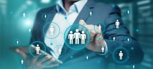Sokoldalú humán szakértő vagy egy szükséges láncszem a gépezetben?  – avagy milyen lesz a jövő HR-ese?